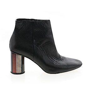 🎁 FREE w/ BUNDLE ZARA Leather Heeled Booties